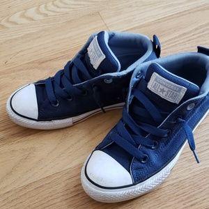 Converse Boys size 2.5